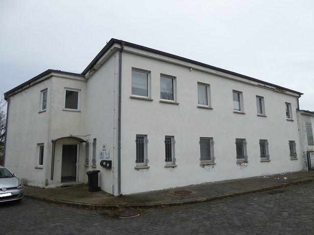 Teilweise vermietetes Bürogebäude im Industrie- und Gewerbegebiet ** Pauschalmiete jährlich 6.000 Euro zzgl. MwSt.**