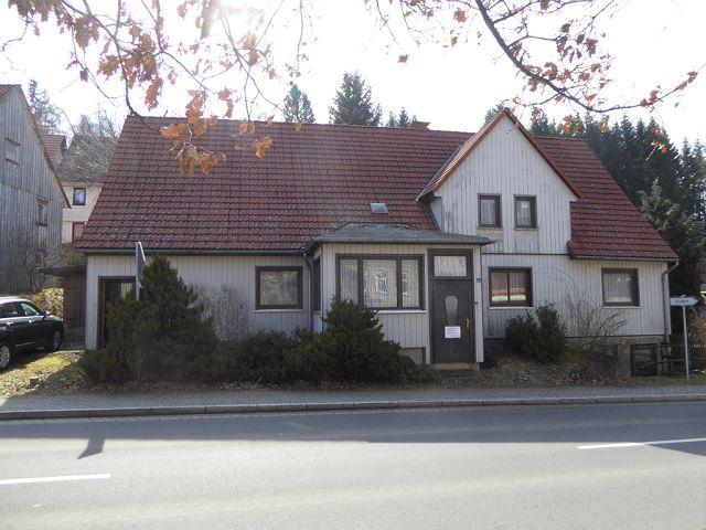 Leerstehendes Einfamilienhaus mit separater Grünfläche im Naturpark Harz/ Sachsen-Anhalt ++zentrale Lage im Ort++