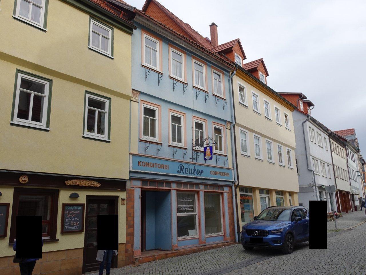 Wohn- und Geschäftshaus in unmittelbarer Nähe zum Marktplatz & dem naturhistorischen Museum Schloss Bertholdsburg