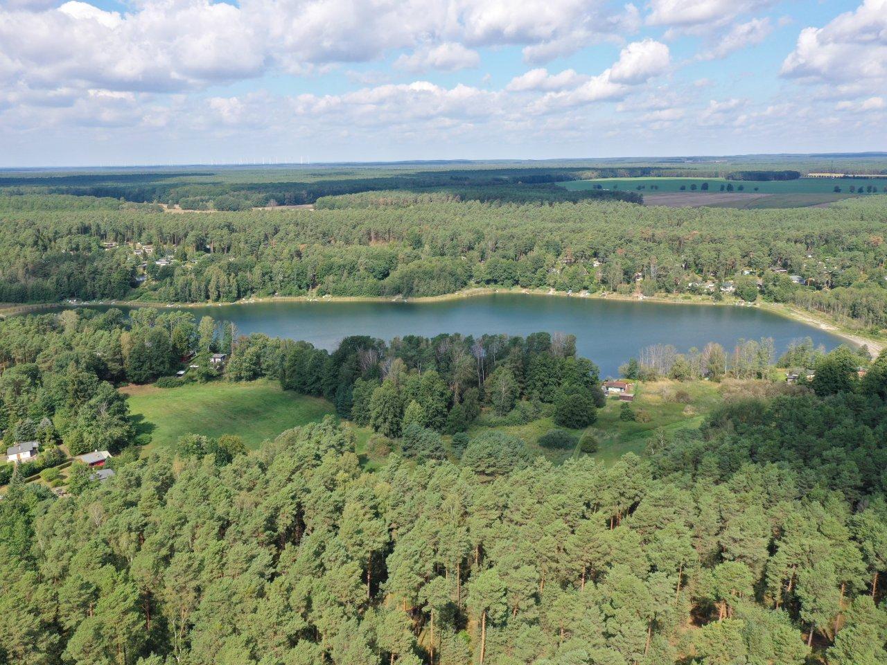Grundstück in 2. Reihe zum Pinnower See und unmittelbarer Nachbarschaft zur Wochenendhausbebauung im Schlaubetal